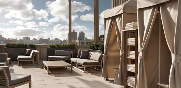 club_nyc_printinghouse_hero_tablet_1024x500_roofdeck copy